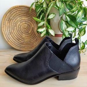 "Matt & Nat | ""Kendra"" Vegan Leather Boots Sz. 38"